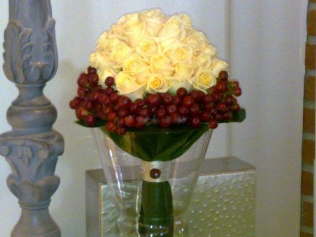 bouquet compatto si rose