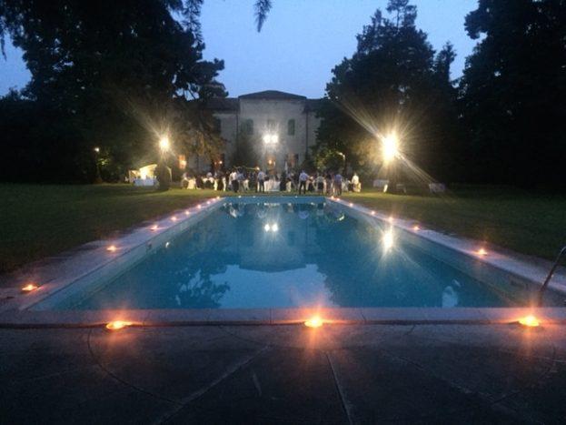 Villa, parco e piscina