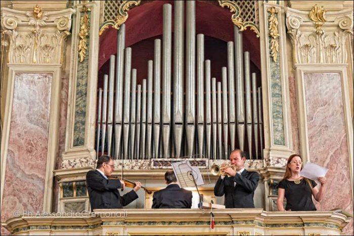 Soprano tromba violino organo
