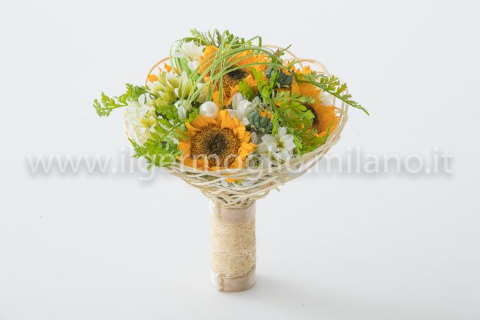 bouquet girasoli con gabbia