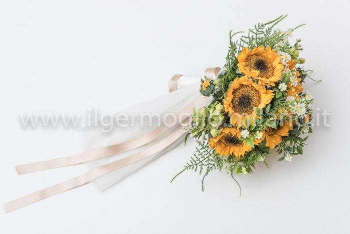 bouquet girasoli con raso