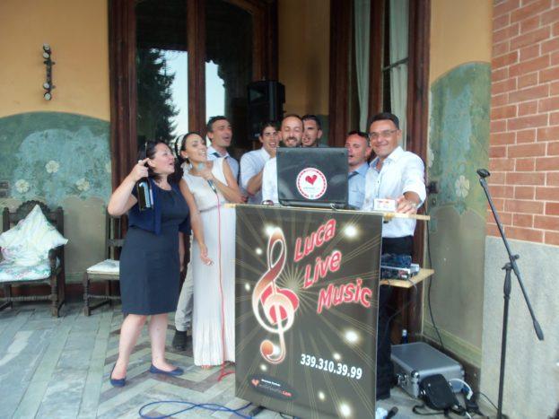 Karaoke con gli sposi