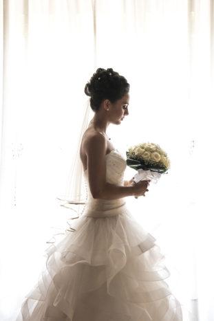 la sposa : vestizione