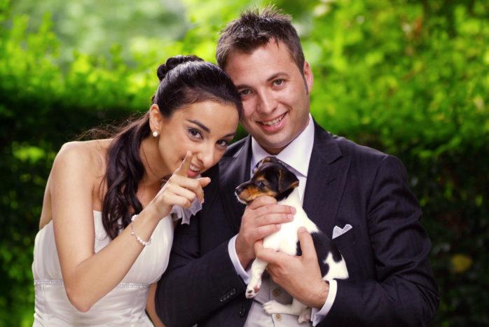sposi e cucciolo