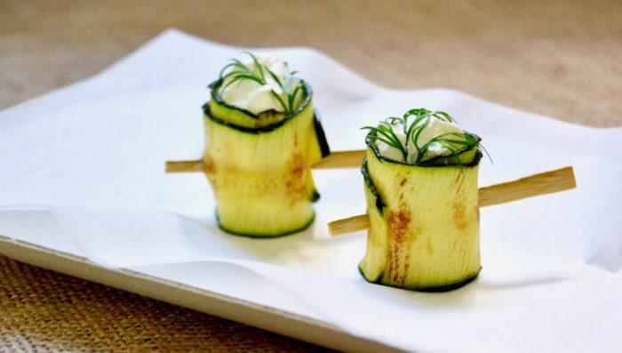 Zucchine, formaggio e aneto