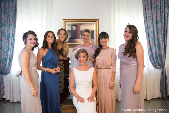 la sposa e le sue damigelle