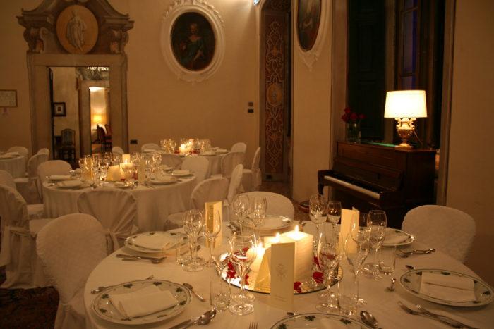 la cena a lume di candela