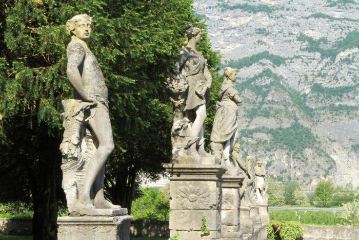 le statue del giardino