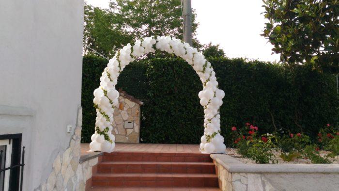 Arco con Capitelli e edera