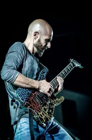Nicola Schintu Guitar