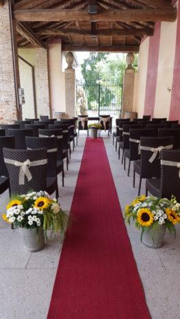 cerimonia sotto il portico