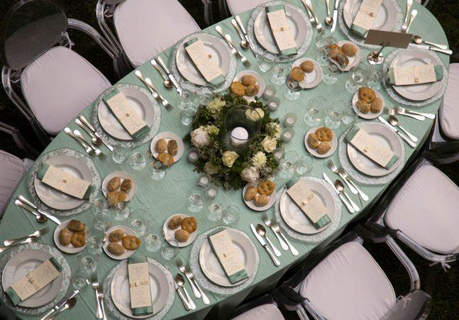Il tavolo ovale