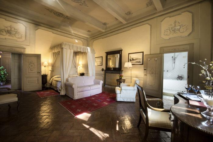 Tuscan hill junior suite