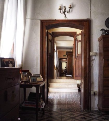 Corridoio di accesso alla sala