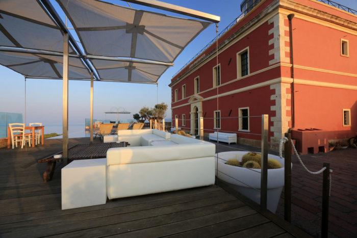 Faro terrace infinity pool
