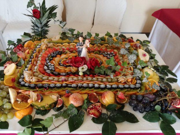 torta degli sposi frutta