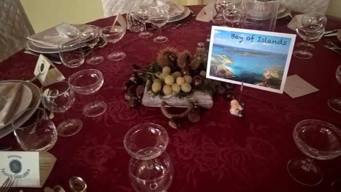 tavolo allestimento rosso