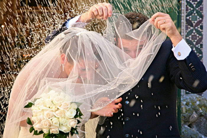 Riso e veloArrivo sposa