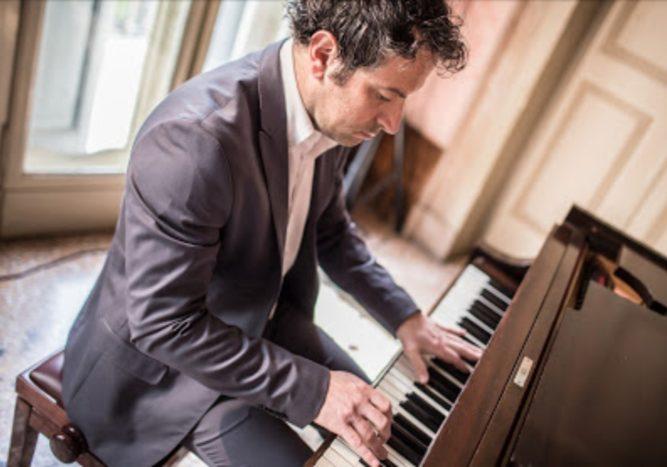 Andrea, Pianoforte