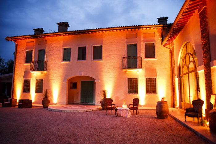 illuminazione villa