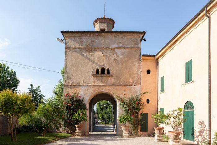 Torretta ingresso Villa