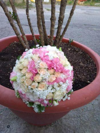 bouquet roselline e ortensie