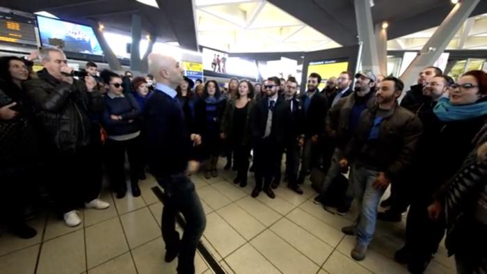 Flash Mob, Napoli Centrale