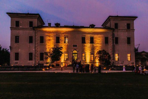 Villa Rezzonico di sera
