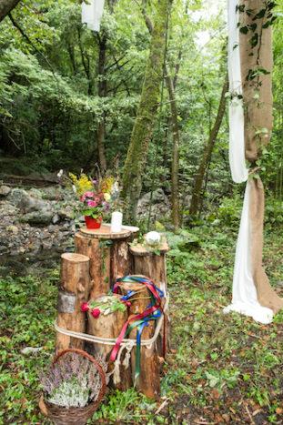 Cerimonia celtica sul fiume