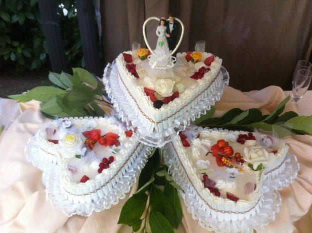 Torta Nuziale 3 cuori