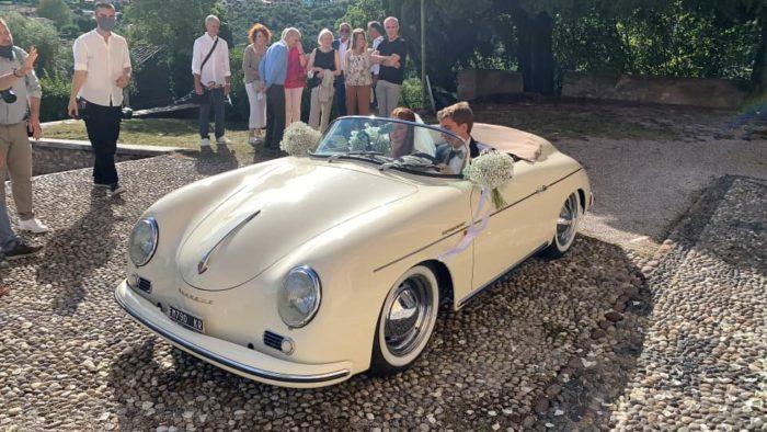 Partenza sposi in Porsche