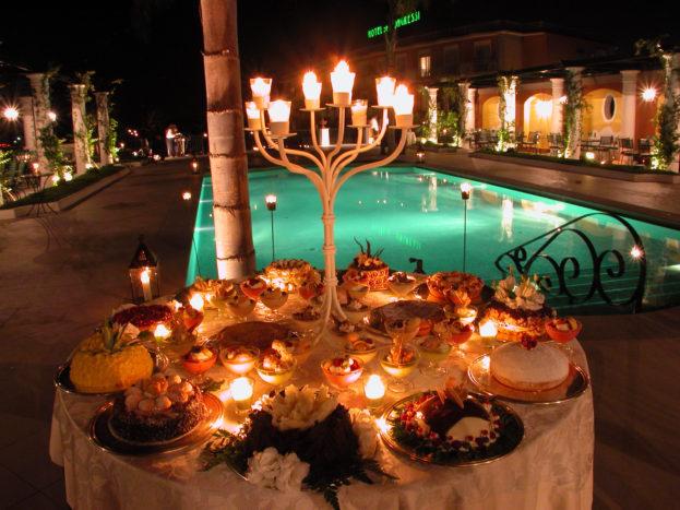 Buffet dolci in piscina