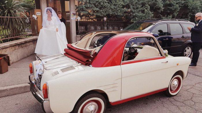 parte la sposa in bianchina