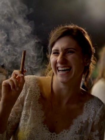 La sposa col sigaro
